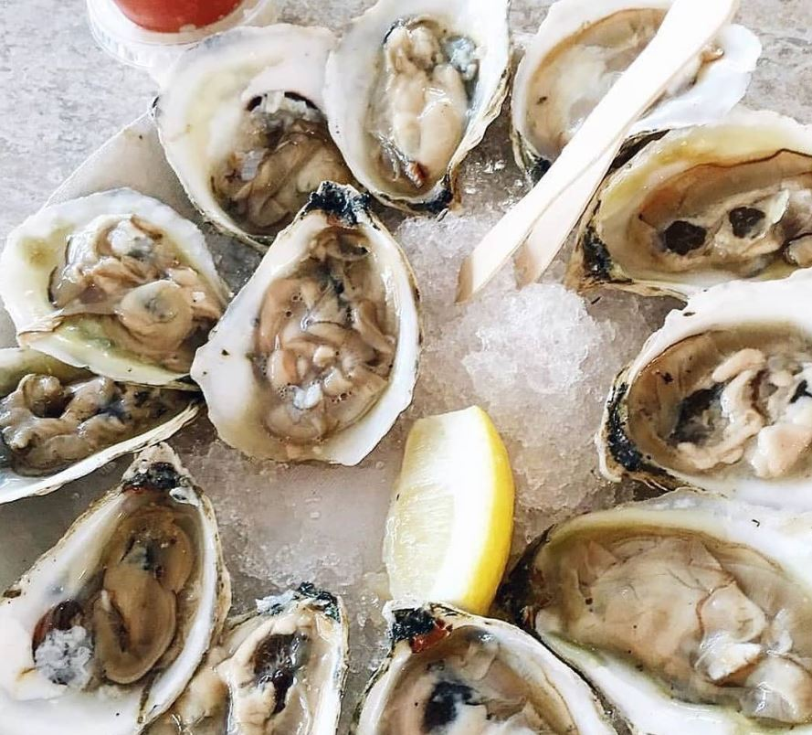 How to Eat Raw Oysters at Home | Woodmans of Essex